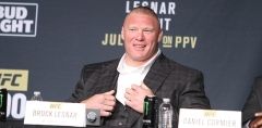 Brock-Lesnar-UFC-200-Press-01