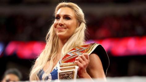 Charlotte-WWE-Womens-Champion-5