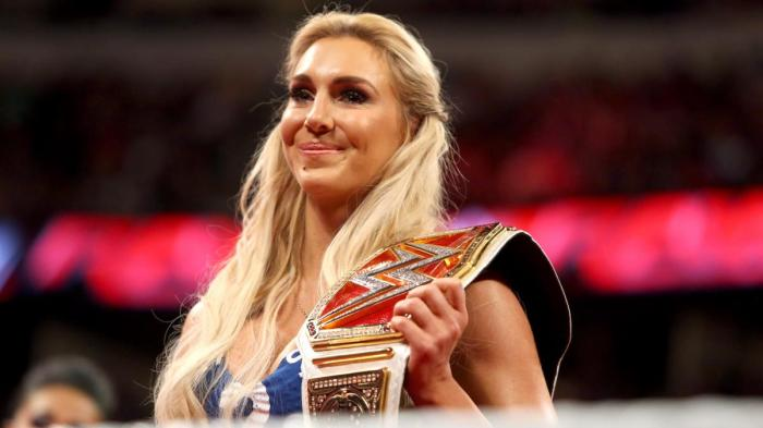 Charlotte-WWE-Womens-Champion-5