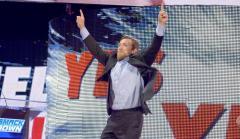 Daniel-Bryan-Returns-to-SmackDown