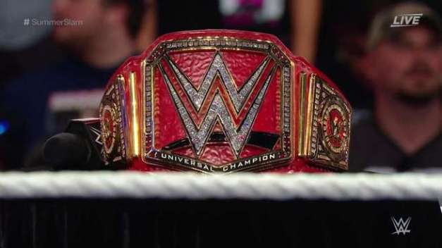 wwe-universal-champion-belt-195841-1472104548-800