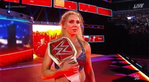charlotte-upsets-sasha-banks-to-regain-the-women-championship-ftr-1