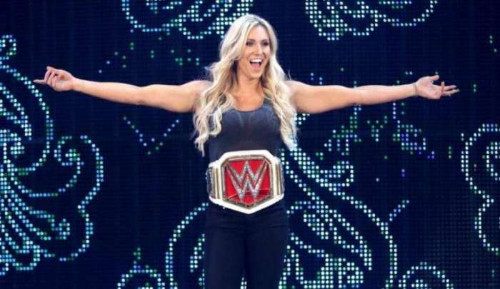 charlotte-lost-the-wwe-womens-championship-three-weeks-before-wwe-fans-believed-she-woudl-1482645819-800