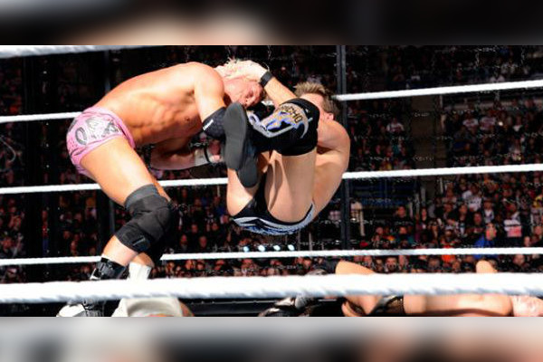 chris-jericho-dolph-ziggler-elimination-chamber-600x400