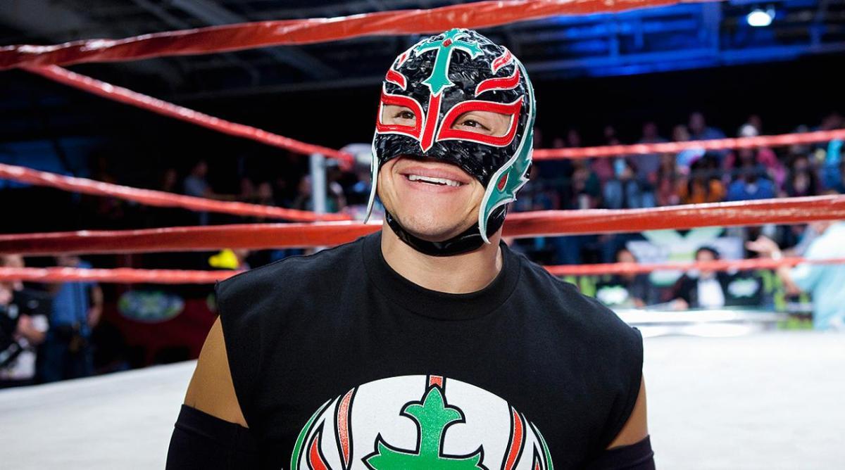Rey Mysterio 3 évre írhat alá a WWE-hez!