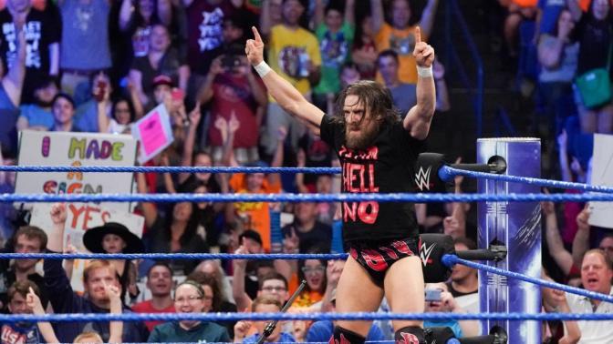 Daniel Bryan szerződést kapott, de nem írta alá!