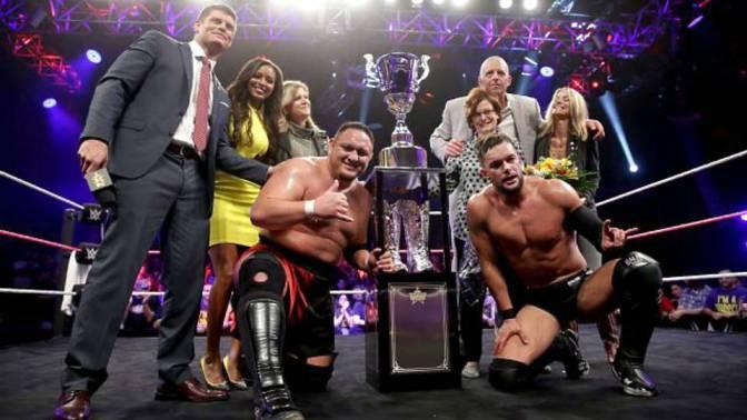 Cody Rhodes kiokosított egy rajongót Finn Bálor kapcsán