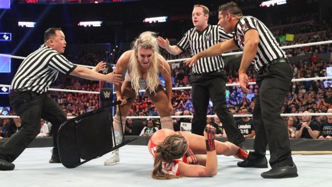 SmackDown LIVE Előzetes, november 20. – Emelt fővel
